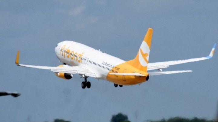 Despegue. Una de las cuatro aeronaves que la compañía tiene en el país.