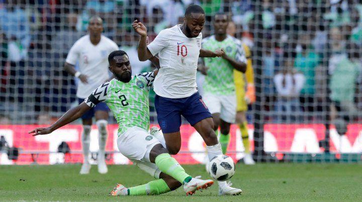 Recalculando. Nigeria no hizo pie en Wembley ante una eficaz Inglaterra.