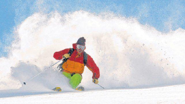 La Hoya, mucha nieve de calidad para viajeros y deportistas