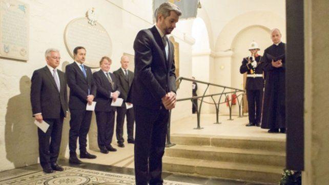 Catedral de San Pablo. Peña homenajeó en Londres a los soldados británicos muertos en Malvinas.
