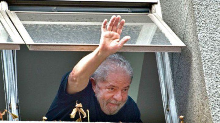 Lula bromeó desde la prisión.
