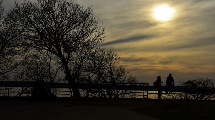El miércoles llega con cielo algo nublado, humedad y una máxima que llegará a los 16 grados