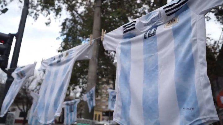 El mensaje de Fein por el Día de la Bandera y el Mundial con Messi como emblema