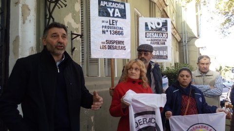 Reclamo. En mayo hubo una movilización al Juzgado de Cañada para pedir una vez más la suspensión del desalojo.