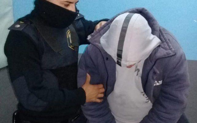 Se masturbó en un colectivo frente a una menor y casi lo linchan entre todos los pasajeros