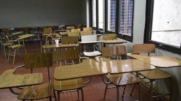 Aulas vacías. Los profesores dictarán clases sólo el jueves..