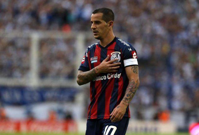 Leandro Romagnoli anunció su retiro como futbolista profesional