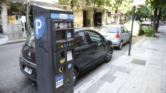 Sin pagar. Se podrá dejar el auto gratis en zonas donde hoy se abona.
