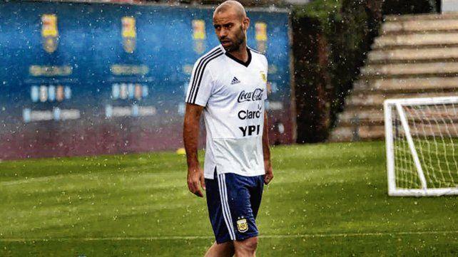 Llueve sobre mojado. Masche asoma como titular y habló de un equipo medido.