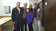 Tognoli y su familia, a poco de recibir el veredicto absolutorio.
