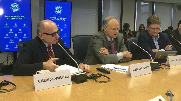 Directivos del FMI explicaron el esfuerzo que reclaman para garantizar los dólares a Macri.