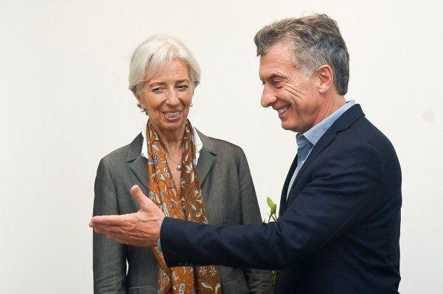Sonrientes. Christine Lagarde