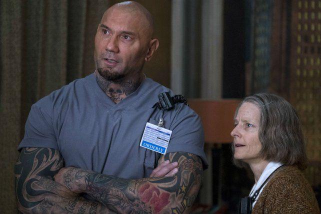 Transformación. Jodie Foster interpreta a una enfermera de 70 años en la película Hotel Artemis.