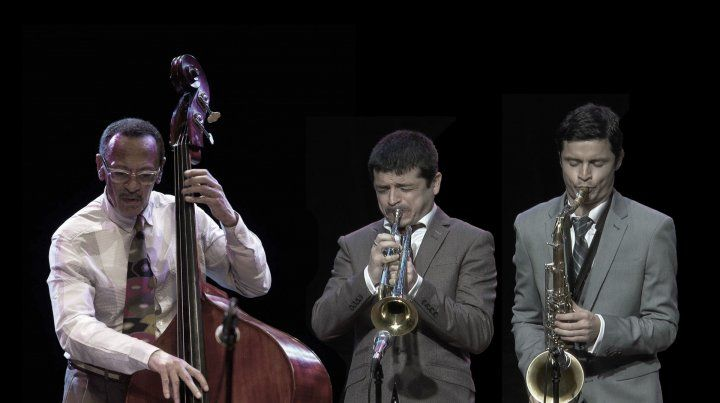 El contrabajista estadounidense y Mariano y Sebastián Loiácono actuarán en Rosario tras su participación en el Festival de Jazz de Tucumán.