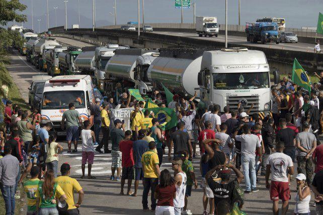 El prolongado paro de transportistas en Brasil dañó sus perspectivas de crecimiento.