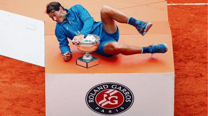 El dueño de París. Nadal ganó nuevamente en Roland Garros y está a tres títulos de Grand Slam para igualar a Federer.