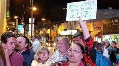 Desesperación. Algunos carteles en las manifestaciones frente a la CEVT expresaron situaciones extremas.