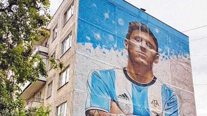 Pintado. El mural con el rosarino.