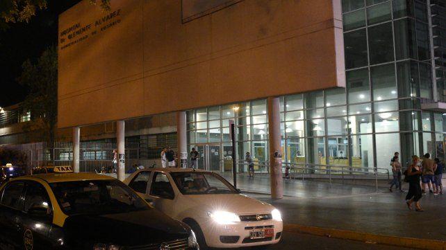 Un hombre baleado en la cabeza ingresó en estado grave en el Clemente Alvarez y murió.