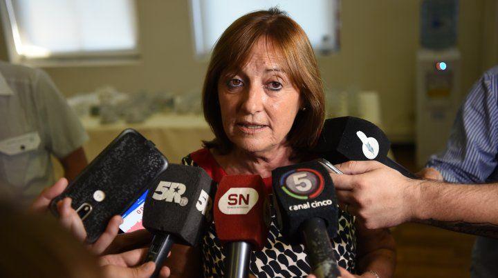 Ciciliani aseguró que si Contigiani vota contra la ley del aborto, debería renunciar
