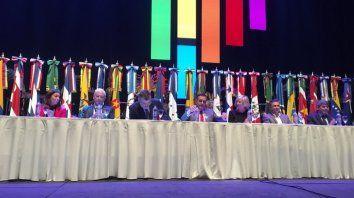 Abucheos al gobierno en la Conferencia Regional de Educación Superior