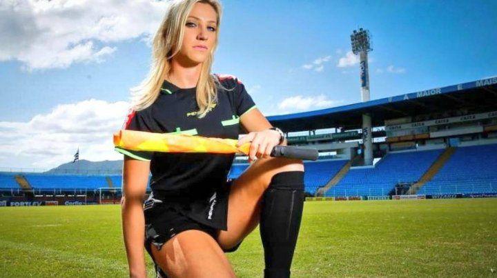 Fernanda Colombo, la despampanante árbitro que estará en el Mundial