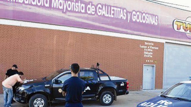 El local. El golpe a Tyna ocurrió en marzo de 2017 en Perón al 6900.