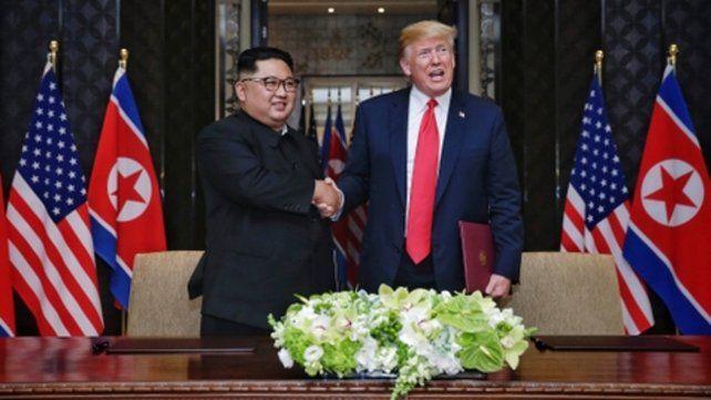 Dos potencias. El trascendente apretón de manos de ambos líderes