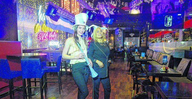 Sobre bulevar Oroño. Un restaurante temático de la zona de Pichincha ya está preparado para recibir a los futboleros.