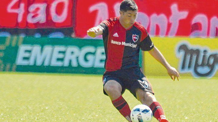 El pasado. Moiraghi jugó con la camiseta rojinegra la temporada 2016-2017. Quizás la vuelva a vestir.
