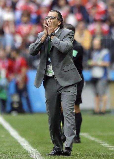 Pizzi reconoció que siente vergüenza por el debut en el Mundial