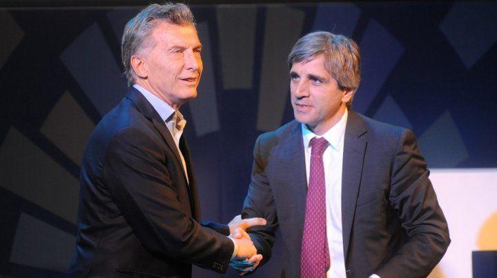 Macri junto a Luis Caputo