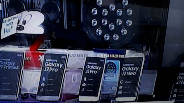 El local de electrónica fue víctima de los ladrones. (Foto: captura de TV)