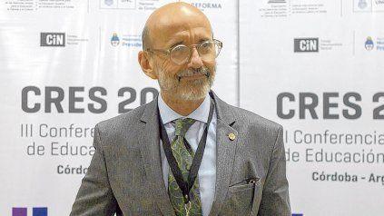 El rector de la UNR consideró que el aporte de la Reforma Universitaria ha sido democratizar y modernizar la educación superior en la Argentina.