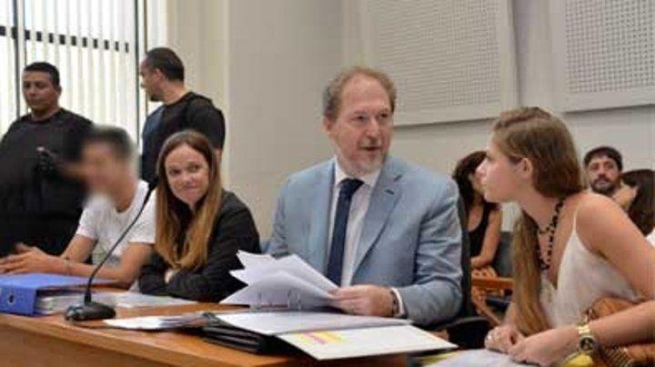 Elías Gómez (a la izquierda) fue juzgado en marzo de 2016.