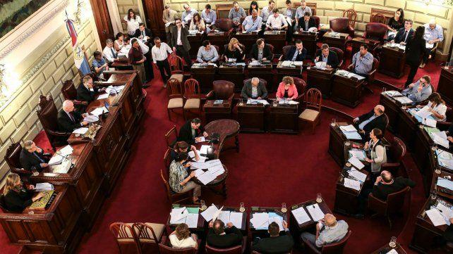 Enuna sesión especial en la Cámara de Diputados de Santa Fe para tratar el proyecto de reforma constitucional.