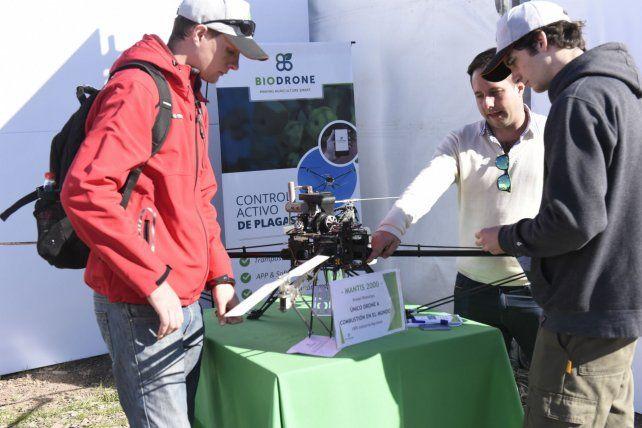 Desde el aire. Los drones se hicieron un lugar definitivo en el conjunto de herramientas de monitoreo y aplicación con las que cuentan las empresas agropecuarias. Muchas novedades.