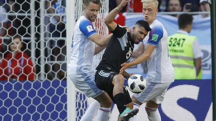 Agüero: Ojalá el próximo partido Messi pueda estar mejor