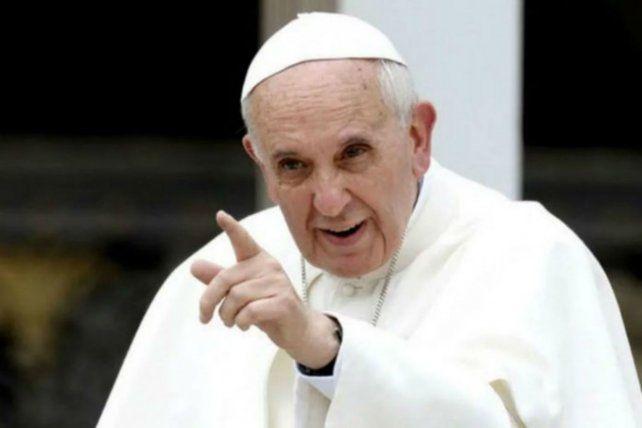 Francisco. El jefe de la Iglesia cargó contra el matrimonio igualitario.