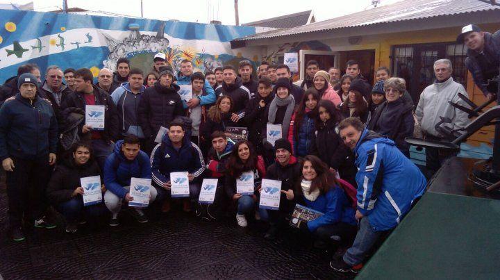 Un viaje de estudios lleno de emoción para aprender sobre Malvinas