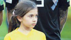 Momento decisivo. La pequeña de Monje, junto a Biglia en el Spartak Arena.