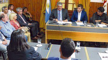 Anuncio. El intendente Ricci informó al Concejo de su decisión sobre la emergencia económica, financiera y social.