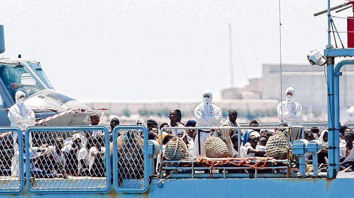 Valencia. Los migrantes llegaron ayer al puerto español