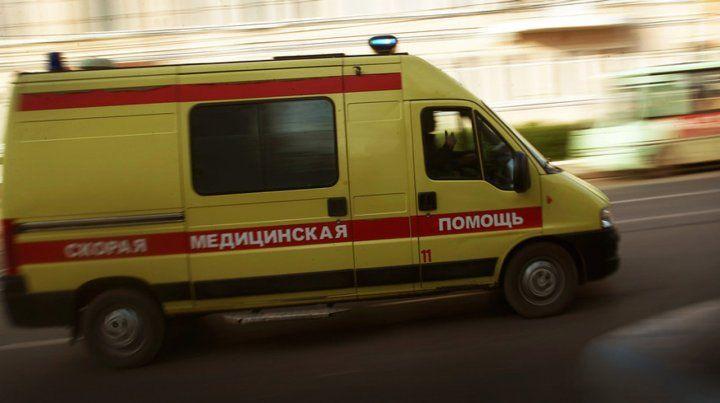 Un ruso se tiró por la ventana de un sexto piso y cayó sobre un argentino