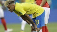 Neymar sólo se distinguió por la tintura del pelo y Brasil padeció con Suiza.