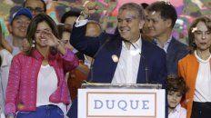 Feliz. Iván Duque, un joven senador de 41 años, celebró anoche su gran victoria en Bogotá.