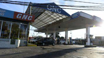 El homicidio ocurrió en inmediaciones de una GNC de Uriburu y Vuelta de Obligado.