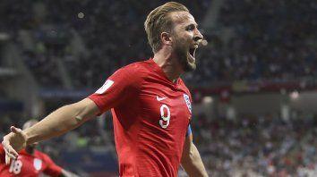 Kane convirtió los dos goles con los que Inglaterra superó a Túnez.