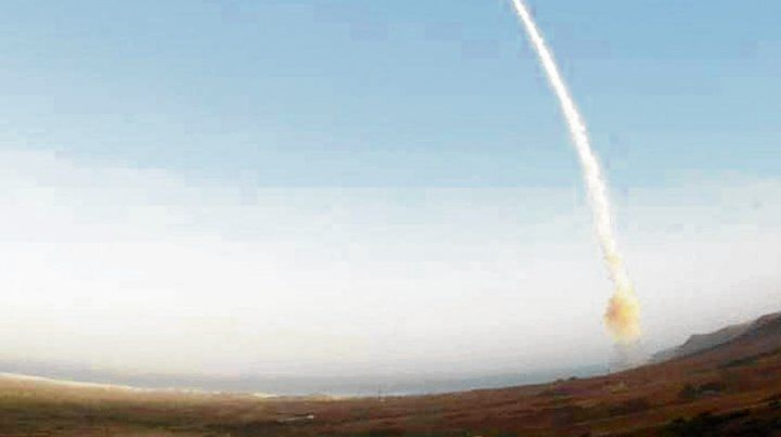 Disparo de un misil nuclear Minuteman III desde California.