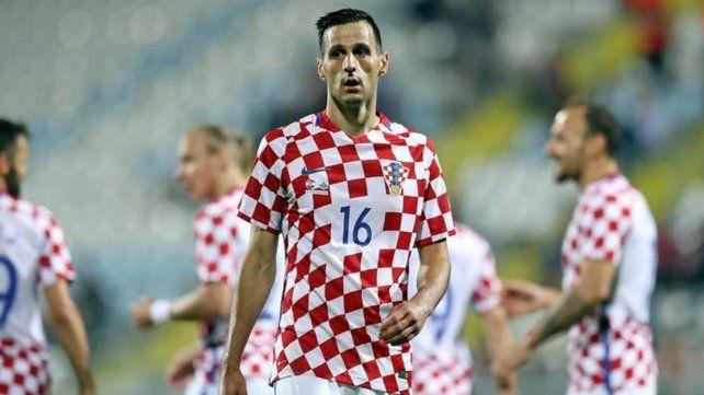 A casa. El croata Nikola Kalinic se negó a ingresar a los 85 minutos del partido ante Nigeria porque tenía dolores en la espalda. El técnico Zlatko Dalic lo dio de baja.